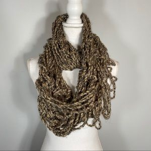 Handmade - Infinity scarf in shades of brown- os